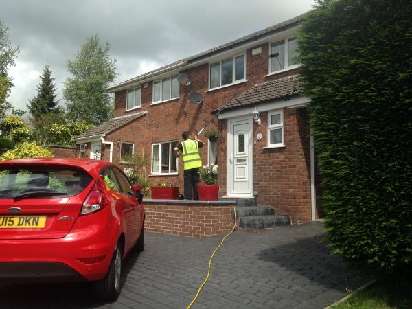 High Reach Window Cleaner in Sale Manchester