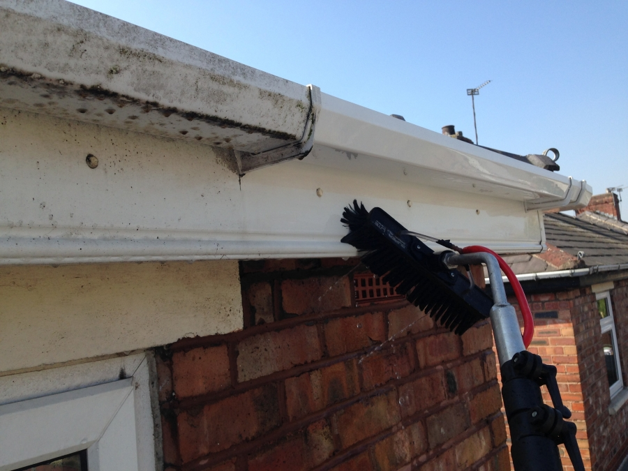 Upvc gutter and facia cleaner in Markland Hill Bolton