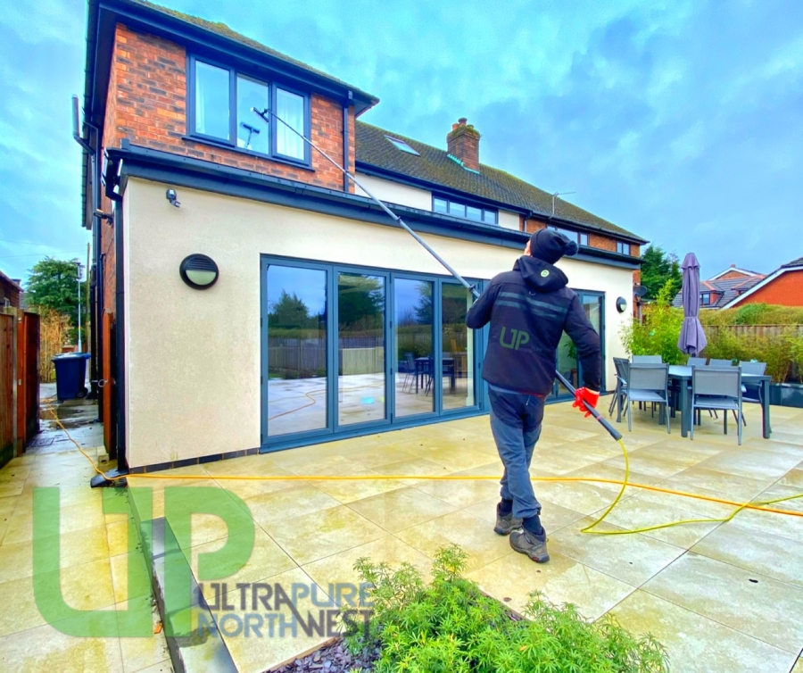 Residential Window Cleaners in Bolton, Leigh, wigan, Warrington, Greater Manchester