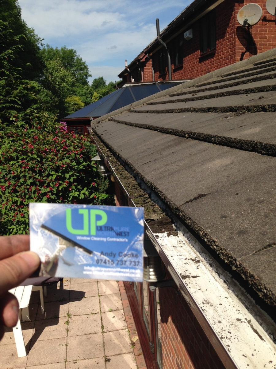 Gutter cleaning service in Markland Hill Bolton