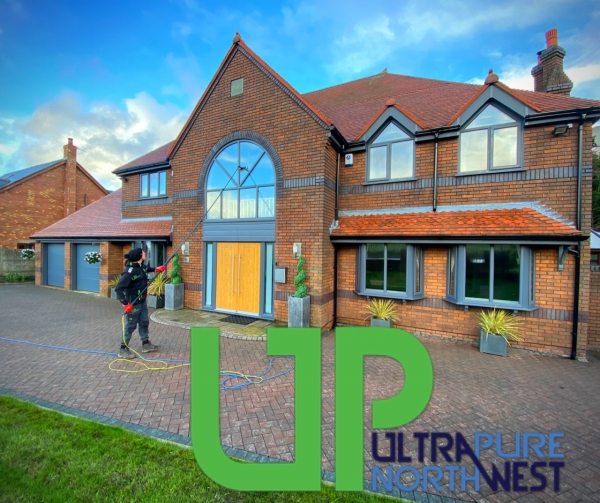 Window Cleaning - Upvc Fascia Cleaning - Gutter Cleaning - Gutter Fascia Cleaning - Cladding Cleaning Wigan/Bolton/Bury/Manchester/Warrington